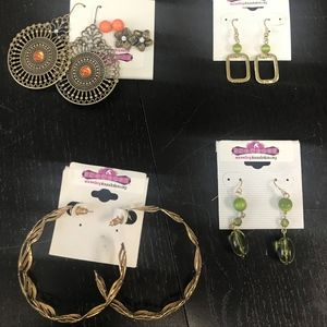 Jewelry - Set of 6 Earrings